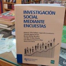 Libros antiguos: INVESTIGACIÓN SOCIAL MEDIANTE ENCUESTAS . Lote 172844920