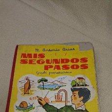 Libros antiguos: ANTIGUO LIBRO DE TEXTO MIS SEGUNDOS PASOS - M. ANTONIO ARIAS - HIJOS DE SANTIAGO RODRÍGUEZ - 1964. Lote 83665200