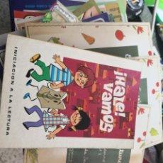 Libros antiguos: HALE VAMOS 1 INICIACION A LA LECTURA , 1981 EDITORIAL SM + 3 CUADERNILLOS ESCRITURA ED: CASALS. Lote 158906678