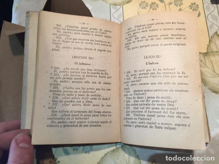 Libros antiguos: Antiguo libro escolar catecismo bilingüe de la doctrina Cristiana año 1939 - Foto 4 - 159301798