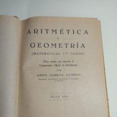 Libros antiguos: ARITMÉTICA Y GEOMETRÍA MATEMÁTICAS PRIMER CURSO 1935 CON UN SELLO DE 50 CENTIMOS DE LA REPÚBLICA. Lote 243873730