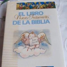 Libros antiguos: EL LIBRO DE LA BIBLIA. Lote 246092095