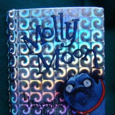 Libros antiguos: MOLLY MOON I L'INCREIBLE LLIBRE D'HIPNOTISME - GEORGIA BYNG -EDITORIAL CRUILLA - 1ª EDICIO EN CATALA. Lote 31131359