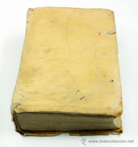 Libros antiguos: M. Tulii, Ciceronis epistolarum, libri XVI. 16x10,5 cm. - Foto 7 - 39304661