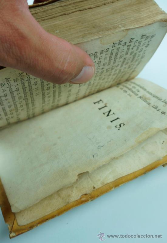 Libros antiguos: M. Tulii, Ciceronis epistolarum, libri XVI. 16x10,5 cm. - Foto 5 - 39304661