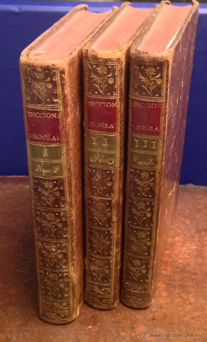Libros antiguos: Diccionario Geográfico Universal descripción partes mundo,golfos islas.Montpalau 1783 libro antiguo - Foto 2 - 40293585