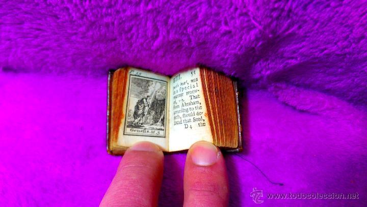 Libros antiguos: MINIATURA, LA BIBLIA Y LIBRO MAS PEQUEÑO DEL MUNDO DE IMPRENTA TRADICIONAL, R.WILKIN 1727 - Foto 3 - 48389353