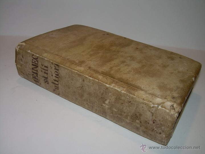 Libros antiguos: LIBRO DE PERGAMINO...FUNDAMENTA STILI CULTIORIS...AÑO 1.743 - Foto 2 - 49290960