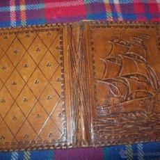 Libros antiguos: IMPRESIONANTE PORTA LIBROS DE PIEL REPUJADO DE PRINCIPIOS DEL S.XX. UNA VERDADERA JOYA.VER FOTOS.. Lote 57452798