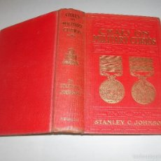 Libros antiguos: CHATS ON MILITARY CURIOS - STANLEY C. JOHNSON -. Lote 56997876