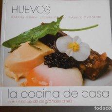 Libros antiguos: HUEVOS ,LA COCINA DE CASA. Lote 61978640
