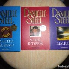 Libros antiguos: 3 LIBROS DANIELLE STEEL, LA RUEDA DEL DESEO, SU LUZ INTERIOR , MALICIA. Lote 133367031