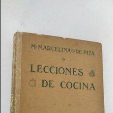 Libros antiguos: LECCIONES DE COCINA - M, MARCELINA .I . DE PITA- EDICIONES ESPAÑOLAS HACHETTE. Lote 82940460
