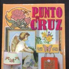 Libros antiguos: PUNTO DE CRUZ. Lote 90546585