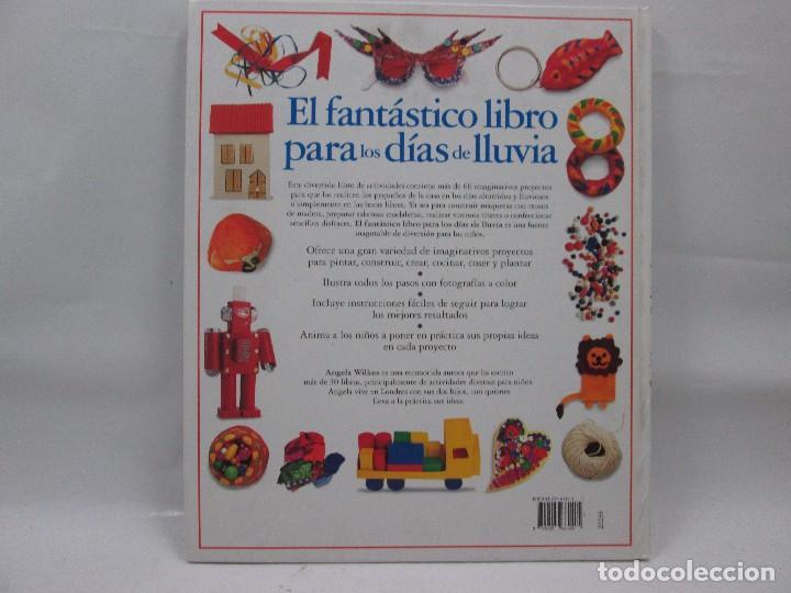 Libros antiguos: EL FANTÁSTICO LIBRO PARA LOS DÍAS DE LLUVIA - CIRCULO LECTORES - ANGELA WILKES - Foto 2 - 99092371