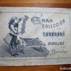 Libros antiguos: ANTIGUA CARPETA GRAN COLECCION ALBUM Nº 3 DE LETRAS DIBUJOS PARA BORDAR JOSE Mª VILLENA. Lote 100345907