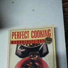 Libros antiguos: EN INGLES. PERFECT COOKING. Lote 105172019