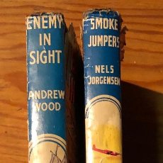 Libros antiguos: THE CHILDREN PRESS ENEMY IN SIGHT-SMOKE JUMPERS(6€). Lote 115426431