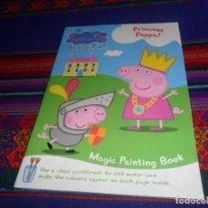 Libros antiguos: PEPPA PIG BAG O' FUN CUENTO PARA COLOREAR EN INGLÉS SIN USO. AÑO 2003. REGALO PEGA Y COLOREA DISNEY.. Lote 118248267