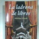 Libros antiguos: LA LADRONA DE LIBROS. MARKUS ZUSAK. Lote 122537974