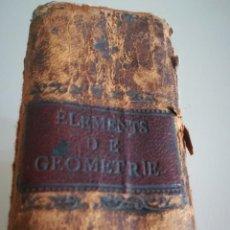Libros antiguos: ÉLÉMENTS DE GÉOMÉTRIE, 1800, EN FRANCÉS, POR M. LE GENDRE. 14 PLANCHAS DESPLEGABLES. Lote 125936975