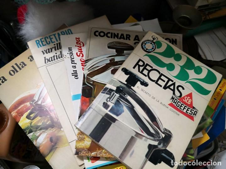 Libros antiguos: Lote de cinco libros recetas para olla a presión - Foto 3 - 134239094