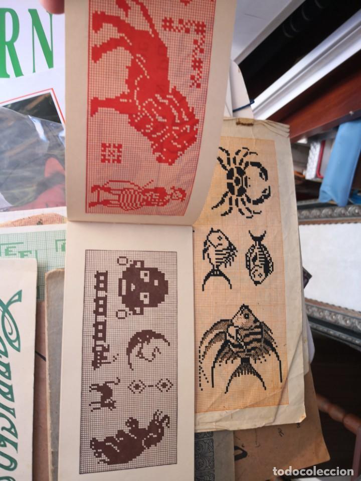Libros antiguos: PEQUEÑO ALBUM DE CAPRICHOS EN PUNTO DE MARCA- CRUZ- DE JULIAN RIBAS Nº2 17X8 - Foto 3 - 134563182