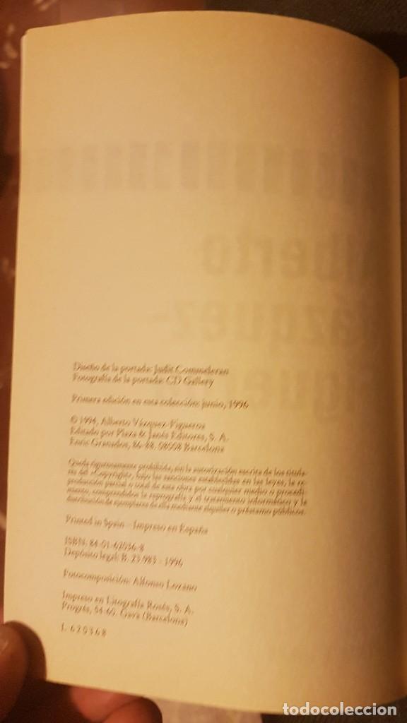 Libros antiguos: África llora Alberto Vázquez Figueroa - Foto 7 - 134905250