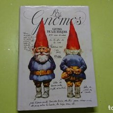 Libros antiguos: LOS GNOMOS, ILUSTRADO POR RÍEN POORHLIET. Lote 136601338