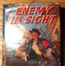 Alte Bücher - EN INGLES--THE CHILDREN PRESS-1ENEMY IN SIGHT(7€) - 137438278