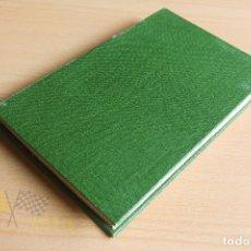 Libros antiguos: UN AÑO EN EL OTRO MUNDO - JULIO CAMBA - 1934 - ENCUADERNADO. Lote 137636074