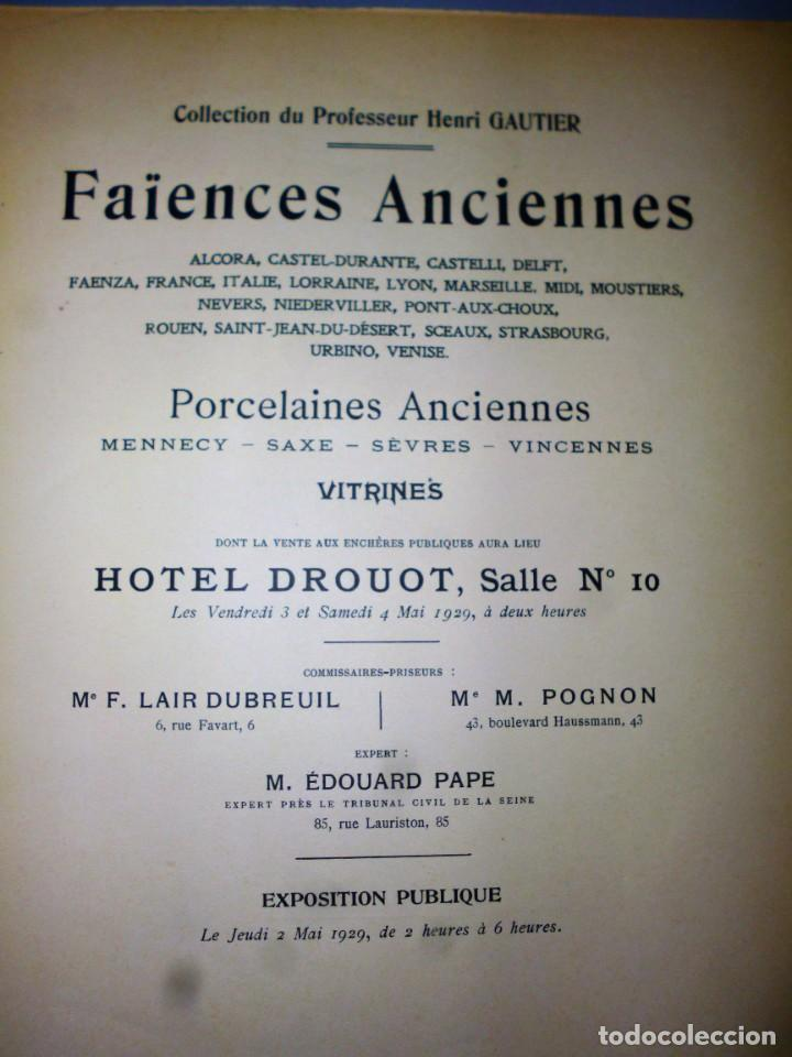 Libros antiguos: FAIENCES ANCIENNNES. PORCELAINES ANCIENNES. VITRINES. - Foto 3 - 138516006