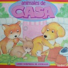 Libros antiguos: ANIMALES DE CASA. LIBRO SORPRESA DE ANIMALES. VER FOTOS ADICIONALES. Lote 139125990