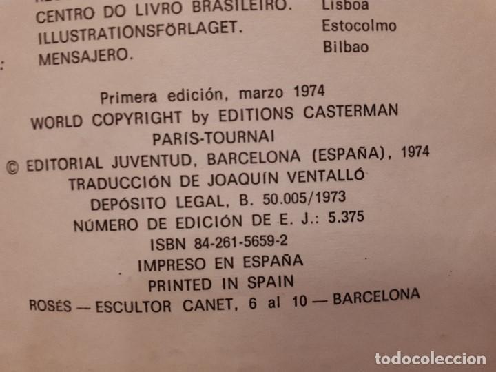 Libros antiguos: Cómic tebeo TinTin y El Lago de los Tiburones. Primera Edición 1974. Herge, Ed. Juventud. Lomo tela - Foto 5 - 141518062