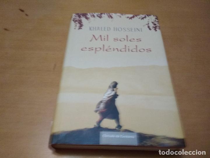 KHALED HOSSEINI MIL SOLES ESPLÉNDIDOS (Libros Antiguos, Raros y Curiosos - Bellas artes, ocio y coleccionismo - Otros)