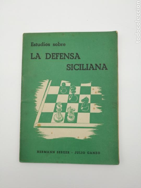 AJEDREZ LA DEFENSA SICILIANA 1946 (Libros Antiguos, Raros y Curiosos - Ciencias, Manuales y Oficios - Otros)