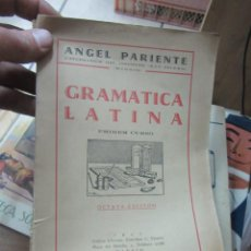 Libros antiguos: LIBRO GRAMÁTICA LATINA ANGEL PARIENTE 1942 L-16184-271. Lote 153221394