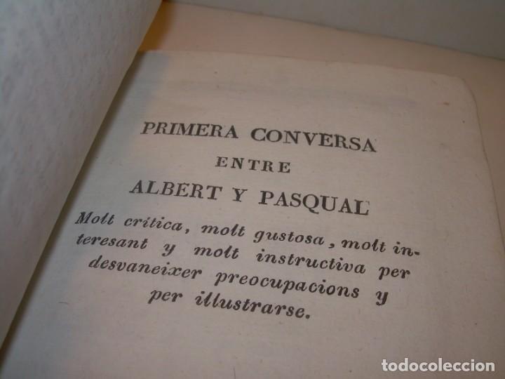 Libros antiguos: ANTIGUO LIBRO DE PERGAMINO...AÑO 1830..QUATRE CONVERSAS ENTRE DOS PERSONATGES. - Foto 4 - 153348758