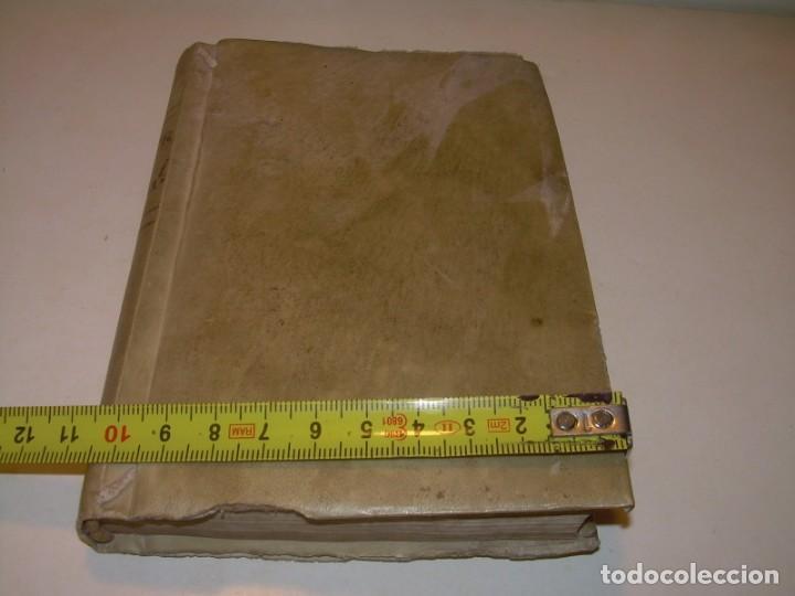 Libros antiguos: ANTIGUO LIBRO DE PERGAMINO...AÑO 1830..QUATRE CONVERSAS ENTRE DOS PERSONATGES. - Foto 13 - 153348758