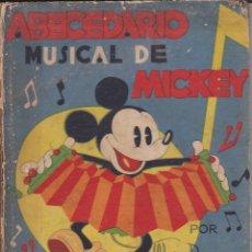 Libros antiguos: ABECEDARIO MUSICAL DE MICKEY SINFONIAS INOCENTES 1935. Lote 158696018