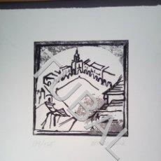 Libros antiguos: TUBAL VIC VICH GRABADO PLAZA MAYOR FIRMADO MONTAÑÁ NUMERADO Y FIRMADO A GRAFITO SIN MARCO. Lote 161816186