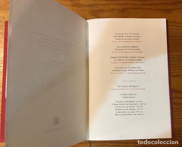 Libros antiguos: Memoria del acto de entrega de la medalla de honor2003a la fundación amigos del museo del Prado(11€) - Foto 4 - 164985170