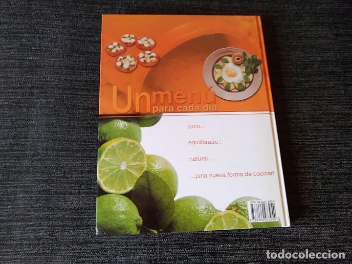 Libros antiguos: Libro de Receras ( un menú para cada día) buen estado - Foto 2 - 166397762