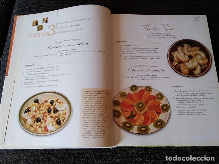 Libros antiguos: Libro de Receras ( un menú para cada día) buen estado - Foto 4 - 166397762