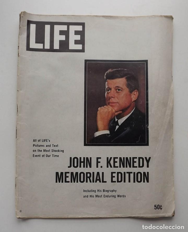Libros antiguos: Kennedy, revista Life, John F. Kennedy Memorial Edition - Foto 2 - 172092765
