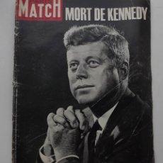 Libros antiguos: KENNEDY, REVISTA PARIS MATCH, 30 DE NOVIEMBRE DE 1963. Lote 172092895