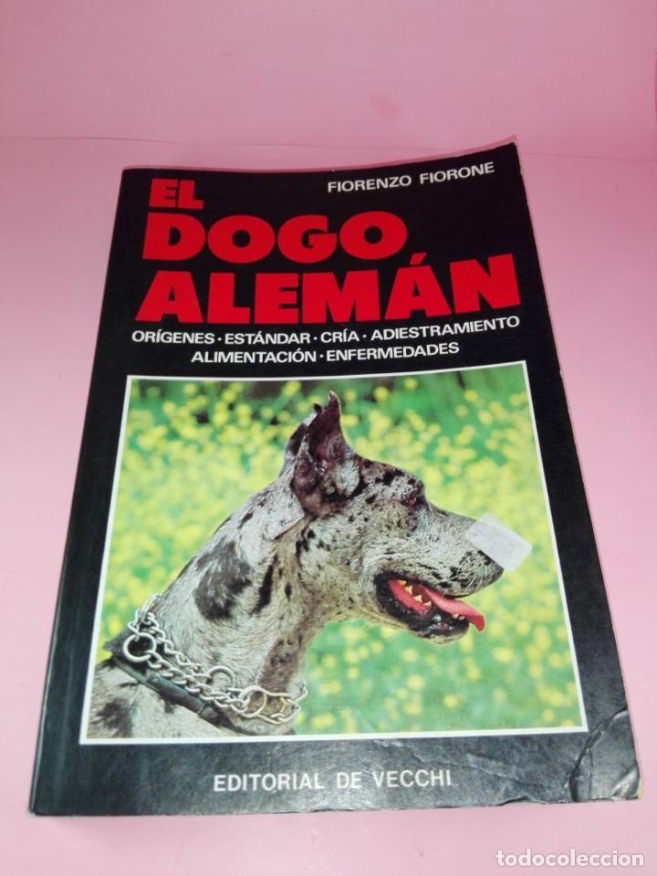 Libros antiguos: Libro-El Dogo Alemán-Fiorenzo Fiorone-Editorial de Vecchi-Buen estado-Ver fotos - Foto 2 - 172793829
