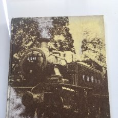 Libros antiguos: ALL COLOUR WORLD OF TRAINS . Lote 173954295