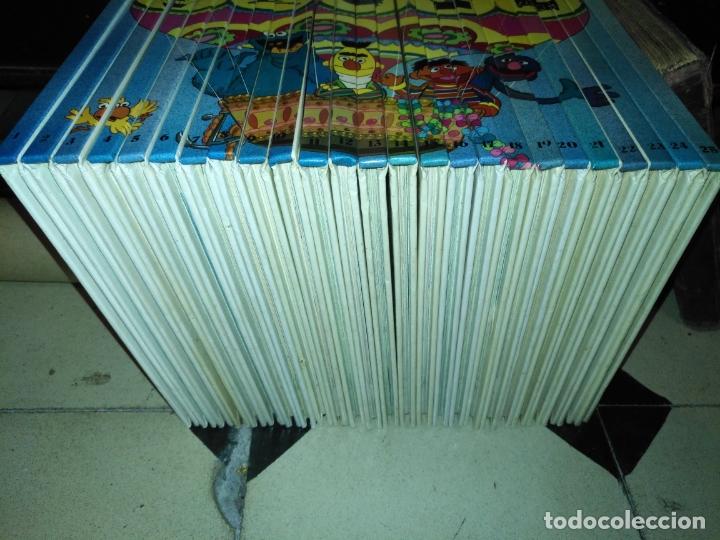 Libros antiguos: PREGUNTALE A SESAMO - COLECCIÓN COMPLETA 25 LIBROS muy buen estado ORBIS / MONTENA 1986 barrio - Foto 2 - 173994729