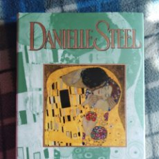 Libros antiguos: NOVELA - EL BESO - DANIELLE STEEL (441). Lote 174592457
